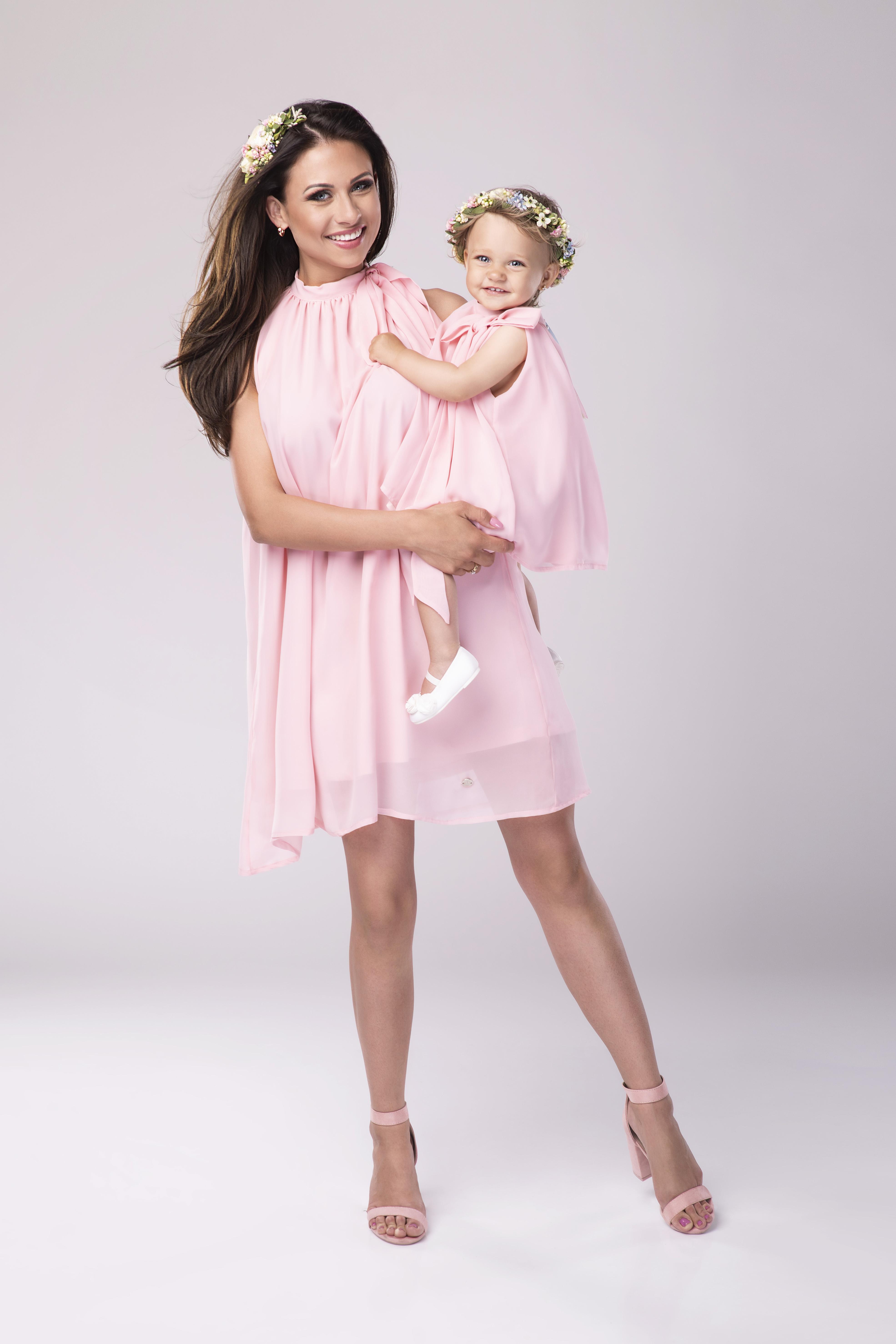 19f22b0f42 Sukienka BAMBINA różowa dla MAMY – NINO
